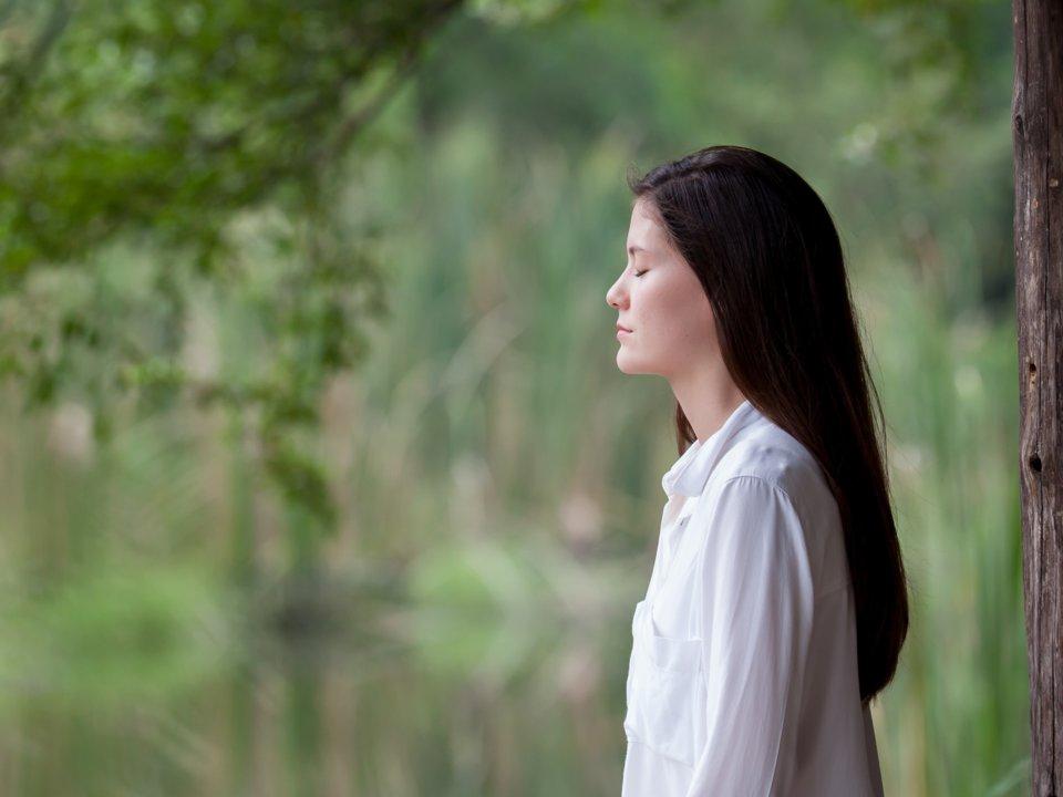 La méditation peut être un excellent moyen d'éclaircir votre esprit